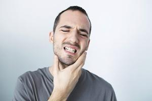 Man with Jaw Pain | Emergency Dentist Carlton