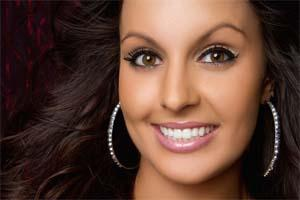 Woman | Veneers Carlton OR